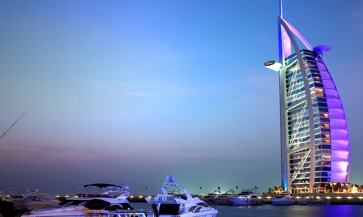 Emiratos Árabes Unidos: Becas Para Pregrado y Maestría en Varios Temas Canadian University Dubai