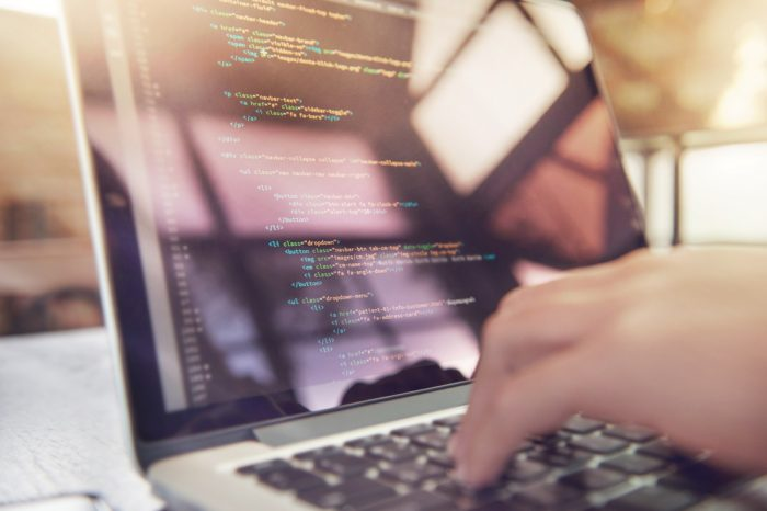 Curso Online: React 16 - Desarrollo de Aplicaciones Web