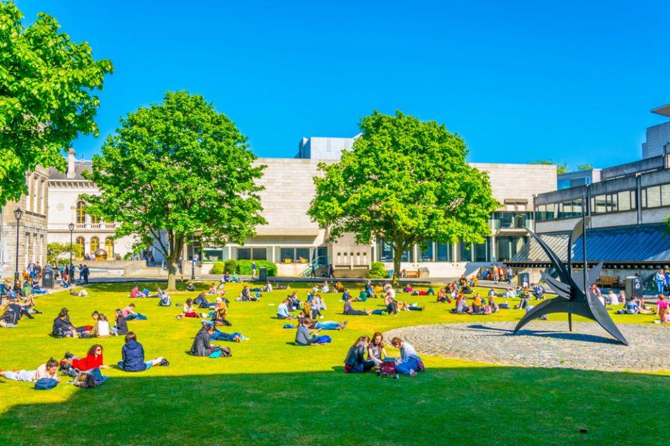 Irlanda: Becas Para Máster en Negocios El University College Dublín