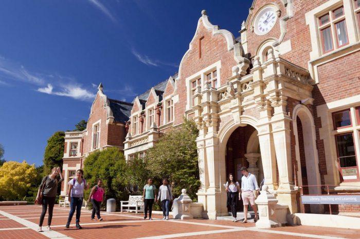 Nueva Zelanda: Becas Para Pregrado en Diversos Temas Lincoln University