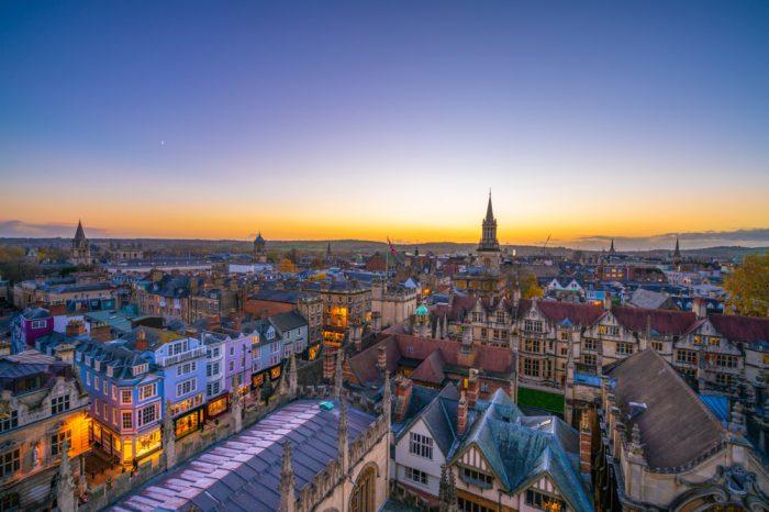 Reino Unido: Becas Para Posgrado en Cualquier curso de asignaturas ofrecido por la universidad Royal College of Art