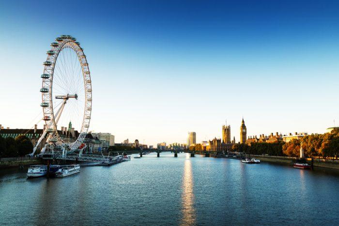 Reino Unido: Becas Para Master en Cualquier curso de asignaturas ofrecido por la universidad Queen Mary University of London